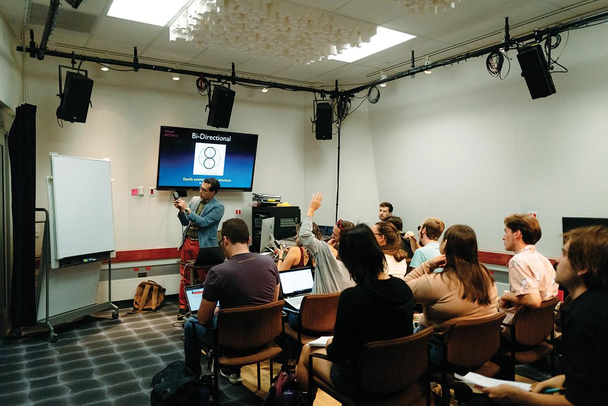 Professor Vinnie Olivieri teaches Intro to Sound Design in the Meyer Sound Design Studio.